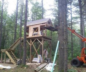 building-process-of-our-cabin-stands