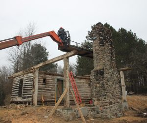 custom-construction-rebuilding-roof-on-historic-cabin